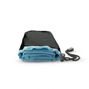 Asciugamano in custodia di nylon. 70% poliestere e 30% ...